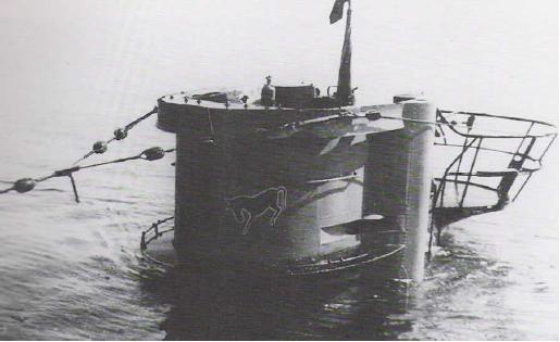 Submarino U77 Buceo vintage en Jávea
